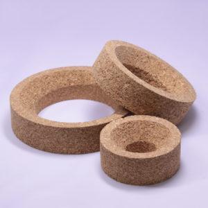 Podstawki z korka do okrągłych kolb