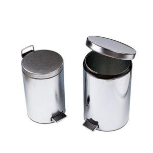 Pojemnik na odpady z mechanizmem pedałowym