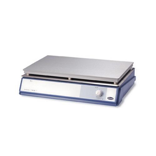 Analogowe płyty grzejne Stuart SB 500 i CB500 oraz cyfrowa SD 500
