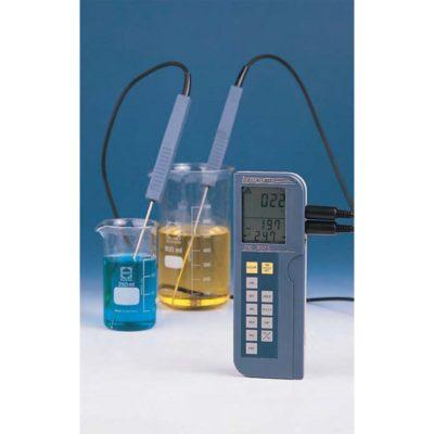 Elektroniczne urządzenie do pomiaru temperatury, zakres -200°C do +850°C