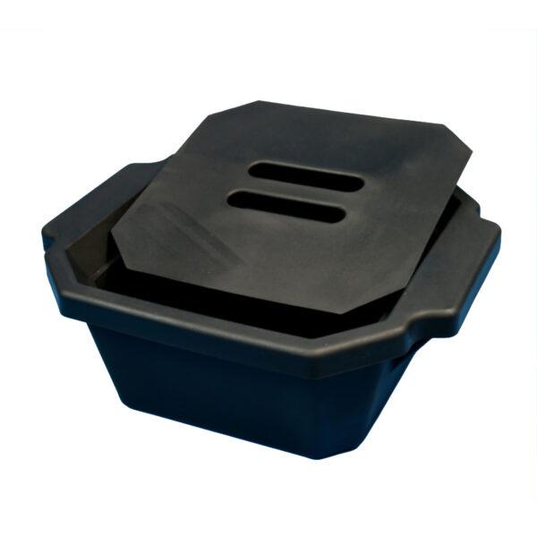 Pojemnik izolacyjny na lód, z pokrywą