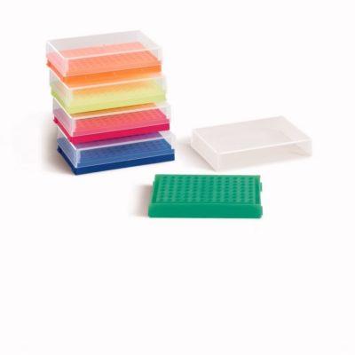 Pudełka plastikowe na probówki PCR o poj. 0,2-0,6 ml