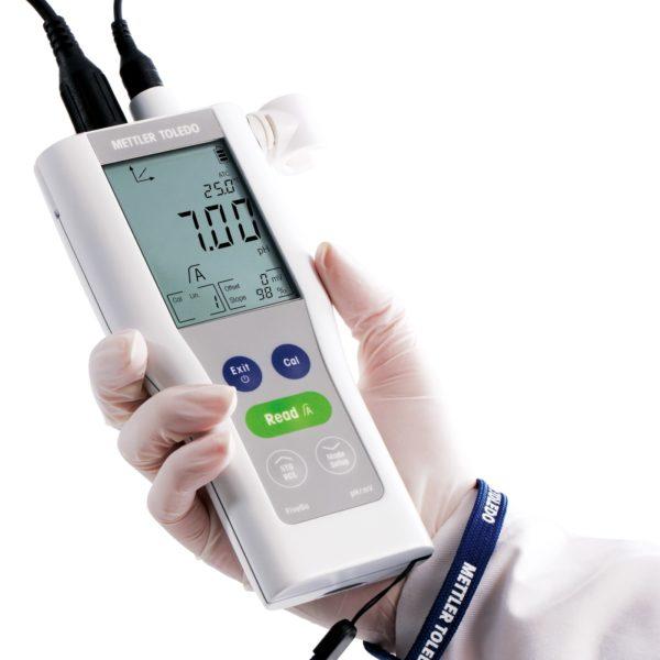 pH-metr przenośny FiveGo™ F2 - 4
