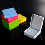 Kriopudełka kartonowe ID-Color™ - b-0382 - kriopudelka-kartonowe - 81-miejscowe - 52-mm - biale-zolte-rozowe-zielone-niebieskie - 5-szt