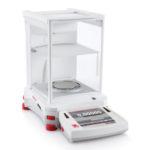 Wagi analityczne Explorer® Semi-Micro - h-1611 - waga-analityczna-explorer-semi-micro - ex125 - 120-g - 001-mg - 80-mm - z-funkcja-autocal - brak